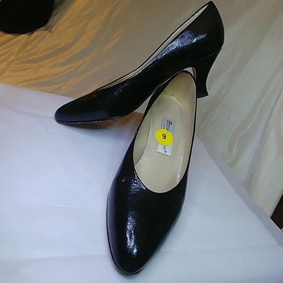 0978ff68bc Etienne Aigner Shoes | Black Leather Pricilla Pumps | Poshmark